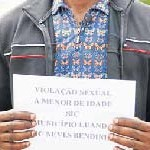 Pastor viola crente dentro da igreja (Foto Opaís)