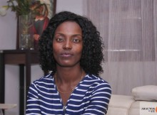 Melba Chitangua, primeira mulher a liderar a juventude a IECA. (Foto: Jaime Chiquito)