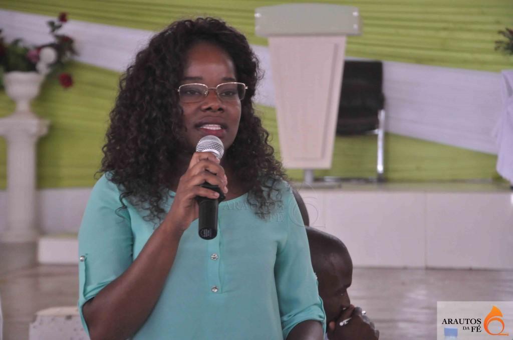 Helena Ukuelonga, nova Directora da Sociedade de Jovens da IECA em Luanda. (Foto: Jaime Chitquito)