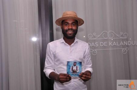 """Nsimba Reoboth apresenta no sábado """"Me dá só Samuel"""""""