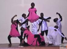 Grupo de coreografia Emanuel. (Foto: Jaime Chiquito)