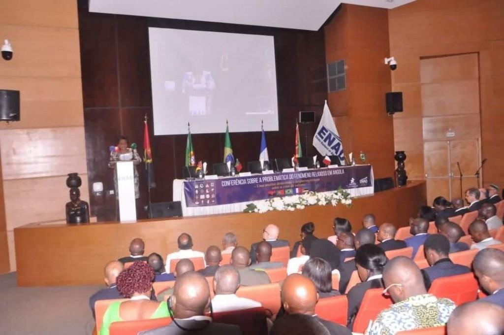 Evento aborda a problemática do Fenómeno religioso em Angola