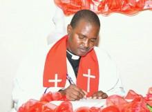 Reverendo Bernardo Vongula