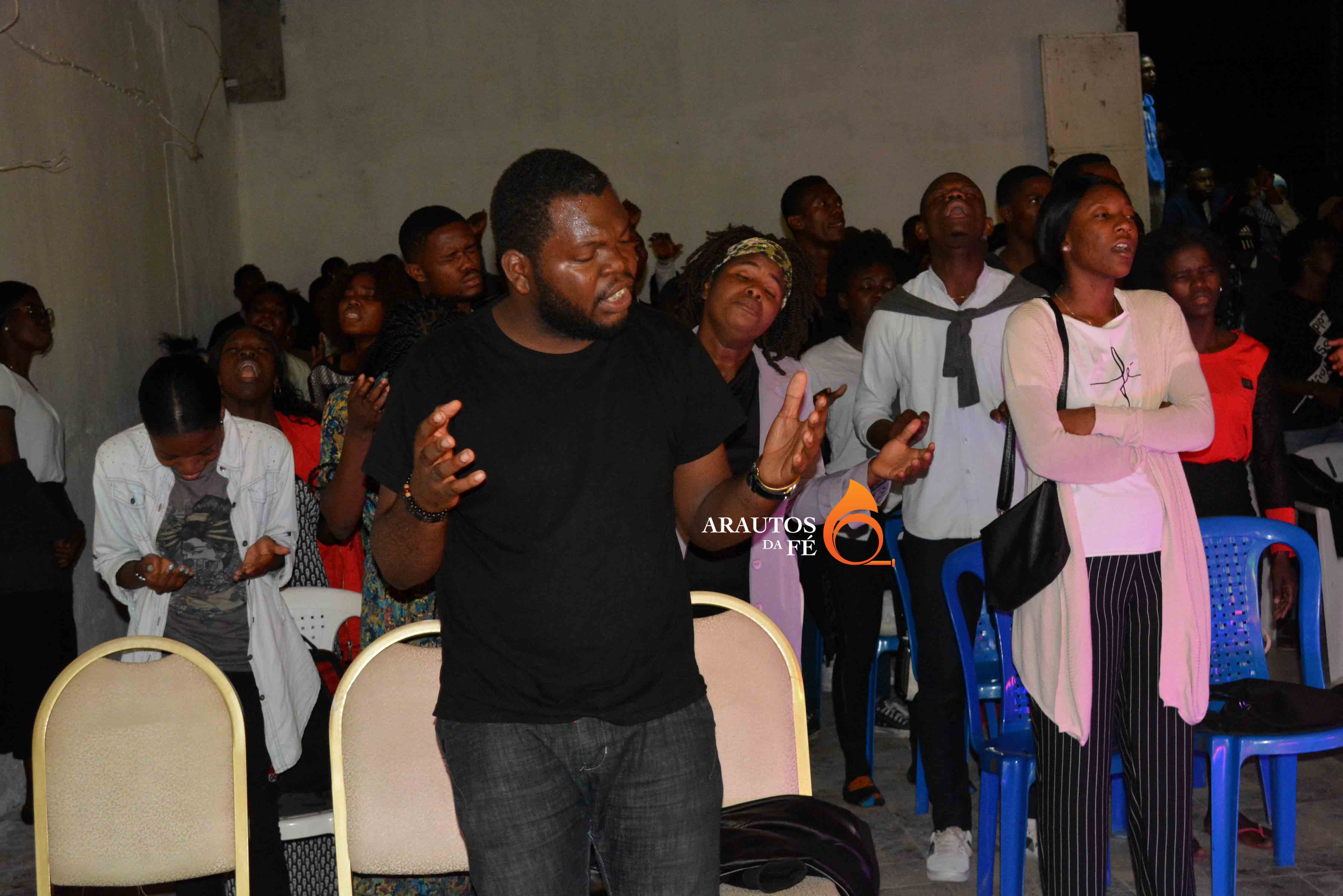 Pastor William Buta, abriu a porta da sua igreja para acolher o evento.