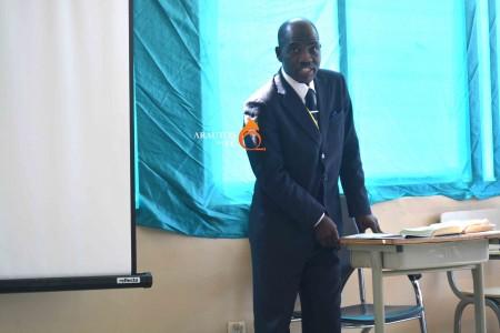 A IECA tem dado reconhecido contributo ao país afirma Reverendo Laurindo Kangombe