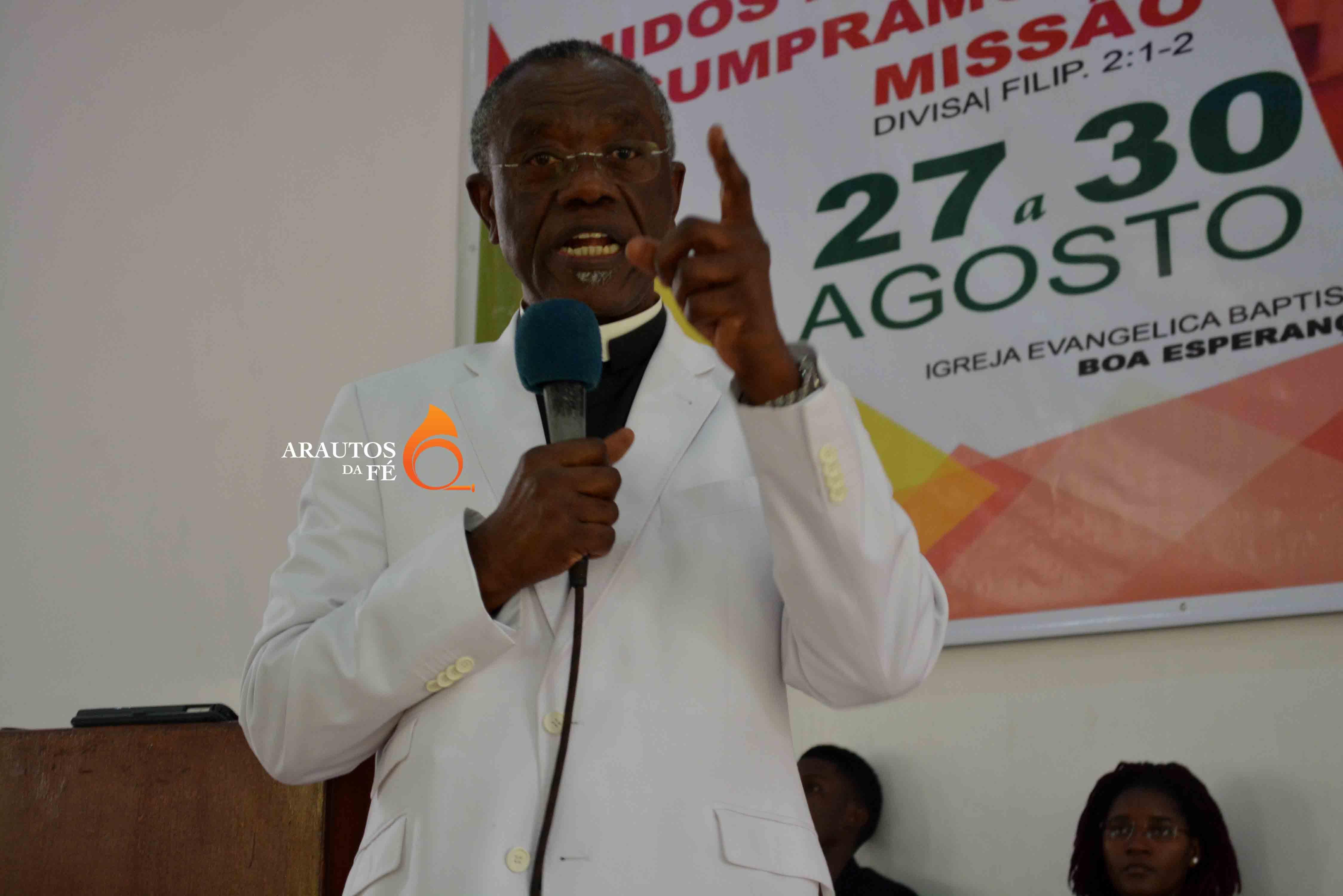 Reverendo Ntoni-A-Nzinga, destacou as qualidades do Pastor Chilundulo.